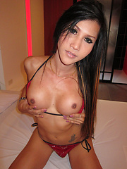 Asslicking and sprung raw fuck for hardbody Ladyboy Dow
