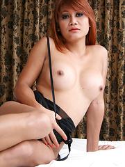 Yaya, a fleshy girl I found in Stringfellows on Soi Yamato.