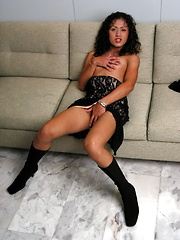 Sexy Cindy is a sexy chick who loves to play with her dick