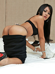Cute ladyboy unloads crazy amount of spunk
