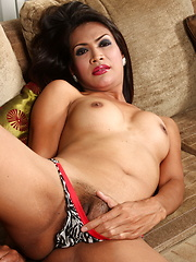 Exotic Justine spreads and strokes