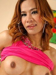 Ladyboy passion with Sexy Lyn