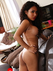 Exotic Jasmine gets rock hard