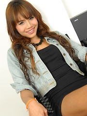 Top and Bottom Ladyboy Alisa