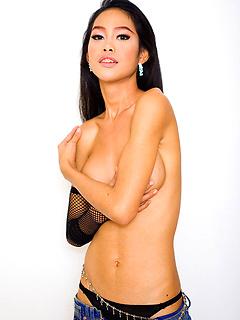 asian ladyboy porn model Wawa